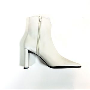 Anne Klein 2 White Square Toe Boots Mansion Booy